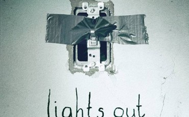 Lights Out | © Warner Home Video