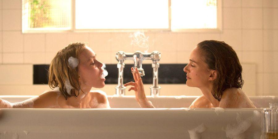 Szenenbild aus Das Geheimnis der zwei Schwestern | © Koch Media