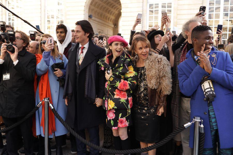 Szenenbild aus Emily in Paris   © Netflix